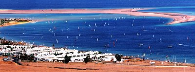 Виндсерфинг в Лагуне, Дахаб, Египет